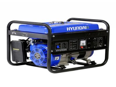 Gerador de Energia à Gasolina HYUNDAI HHY3000F - 110/220V - 2,8 KVA
